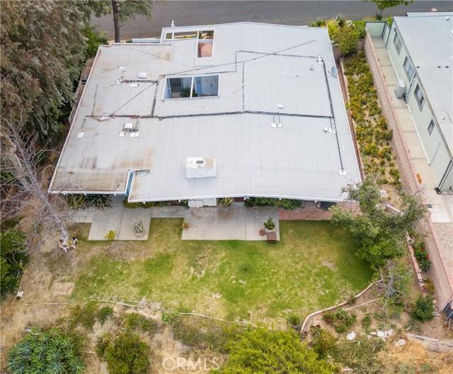 12662 Jimeno Avenue, Granada Hills CA: http://media.crmls.org/mediascn/17dcef40-ff57-44c6-90f6-98fa08c75868.jpg