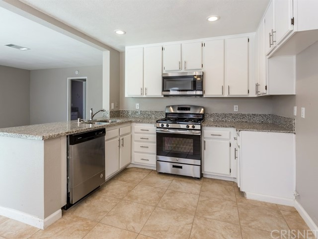 1546 E Kettering Street Lancaster, CA 93535 - MLS #: SR17137882