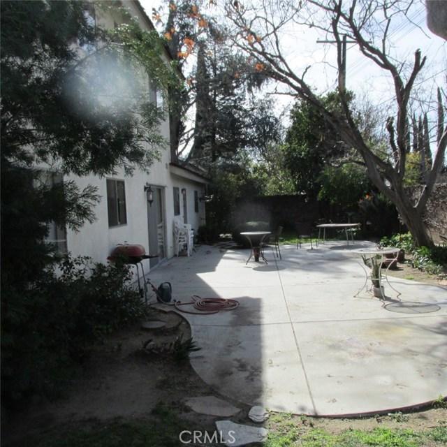 9679 Jumilla Avenue, Chatsworth CA: http://media.crmls.org/mediascn/180265ce-5c07-449b-bf95-8ea56ac2ab79.jpg
