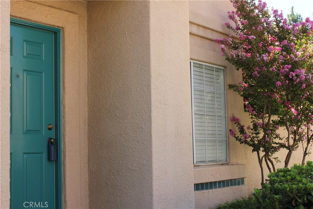 18718 VISTA DEL CANON B, Newhall, CA 91321