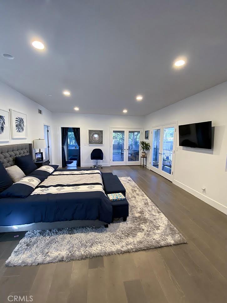 22904 CALVERT Street, Woodland Hills, CA 91367
