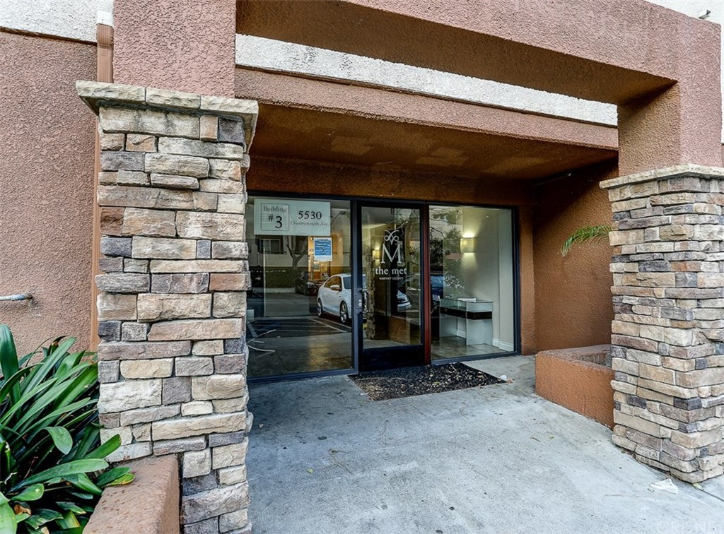 Photo of 5530 Owensmouth Avenue #323, Woodland Hills, CA 91367