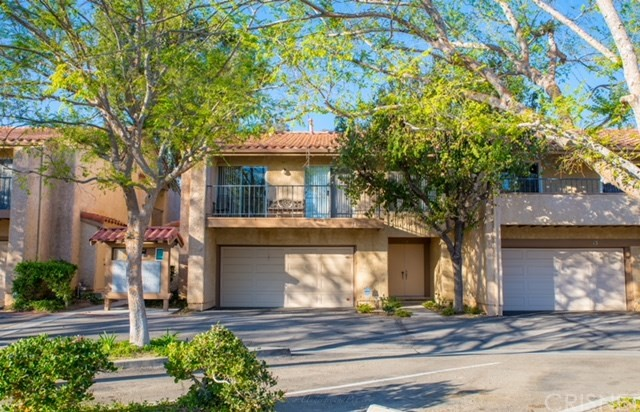 Townhouse for Sale at 19561 Rinaldi Street Unit 14 19561 Rinaldi Street Porter Ranch, California 91326 United States