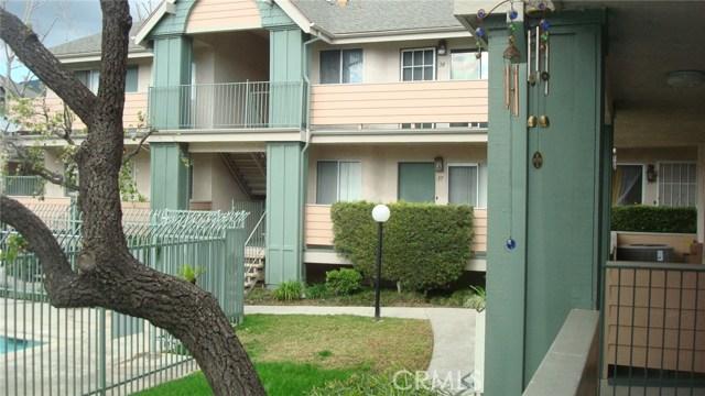 13144 Bromont Avenue, Sylmar CA: http://media.crmls.org/mediascn/196a8807-61d9-46ac-9fba-b7bd4eb33ed4.jpg