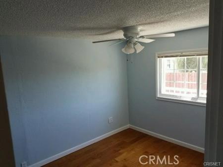 23327 IDA Place, Chatsworth CA: http://media.crmls.org/mediascn/196b903d-6402-4eaf-9ce0-2843a3294f35.jpg
