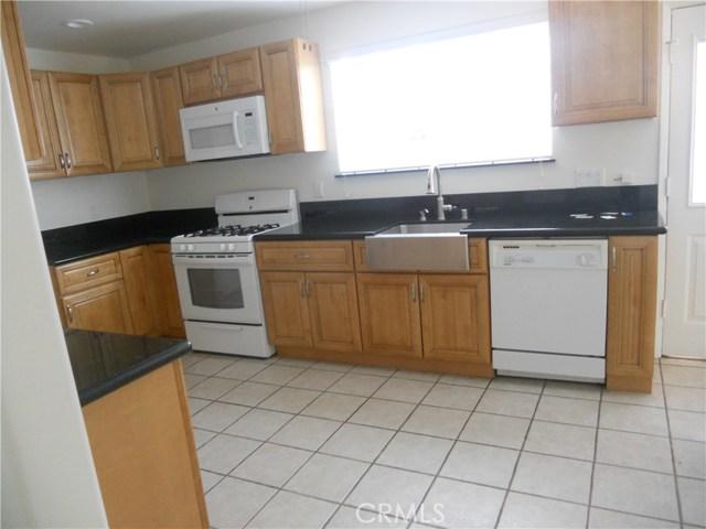 6809 Sale Avenue, West Hills CA: http://media.crmls.org/mediascn/196c118f-b5c0-4349-bf53-654a3b95b403.jpg