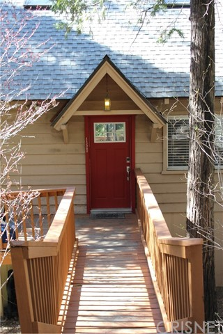 168 Sunset Drive Lake Arrowhead, CA 92352 is listed for sale as MLS Listing SR17045763
