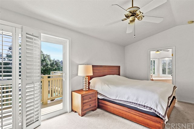 24020 Ingomar Street, West Hills CA: http://media.crmls.org/mediascn/1a035077-bbfa-48cf-a096-bae9316f8325.jpg