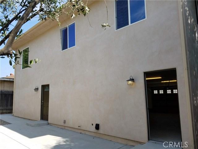 4751 Loma Vista Road, Ventura CA: http://media.crmls.org/mediascn/1a0be7f5-2e62-486a-9341-89e72a003a8c.jpg