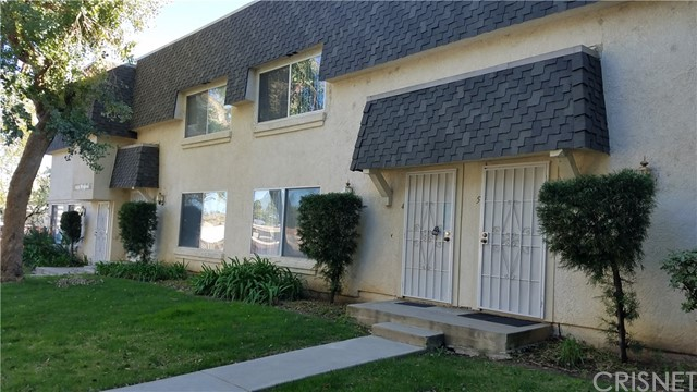 Townhouse for Rent at 6551 Wystone Avenue Reseda, California 91335 United States