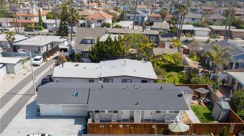 1238 1240 Devon Lane, Ventura CA: http://media.crmls.org/mediascn/1a40c227-3b71-41b0-8307-ade116c7e3d8.jpg
