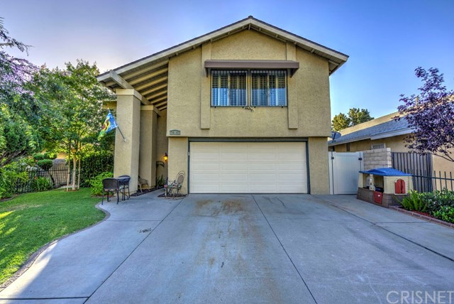 14947 Index Street, Mission Hills (San Fernando) CA: http://media.crmls.org/mediascn/1a445d0f-3aab-42c2-ab3d-3822871b208d.jpg