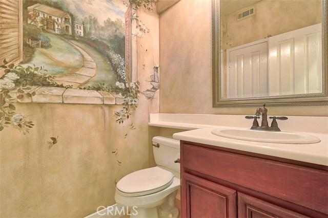 26061 Salinger Lane, Stevenson Ranch CA: http://media.crmls.org/mediascn/1a5a135c-f359-47f3-ad40-7abd853d5063.jpg