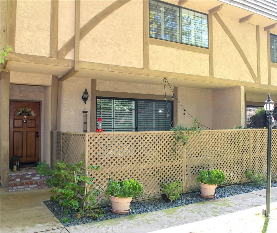 Photo of 6201 VALLEY CIRCLE BOULEVARD #17, Woodland Hills, CA 91367
