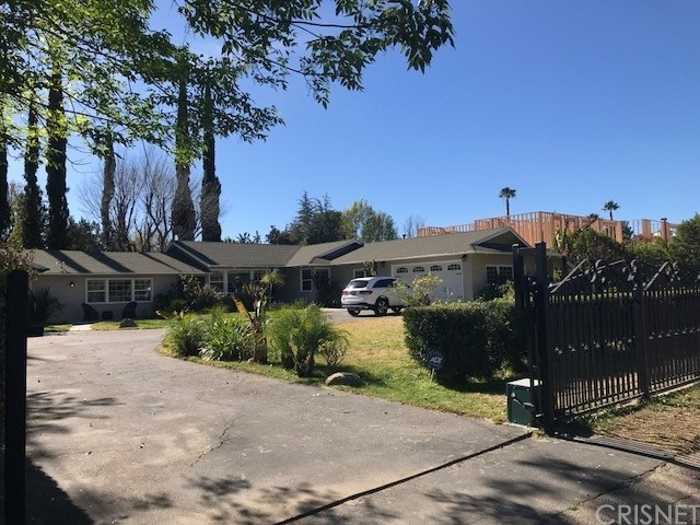 Single Family Home for Rent at 23026 Calvert Street 23026 Calvert Street Woodland Hills, California 91367 United States