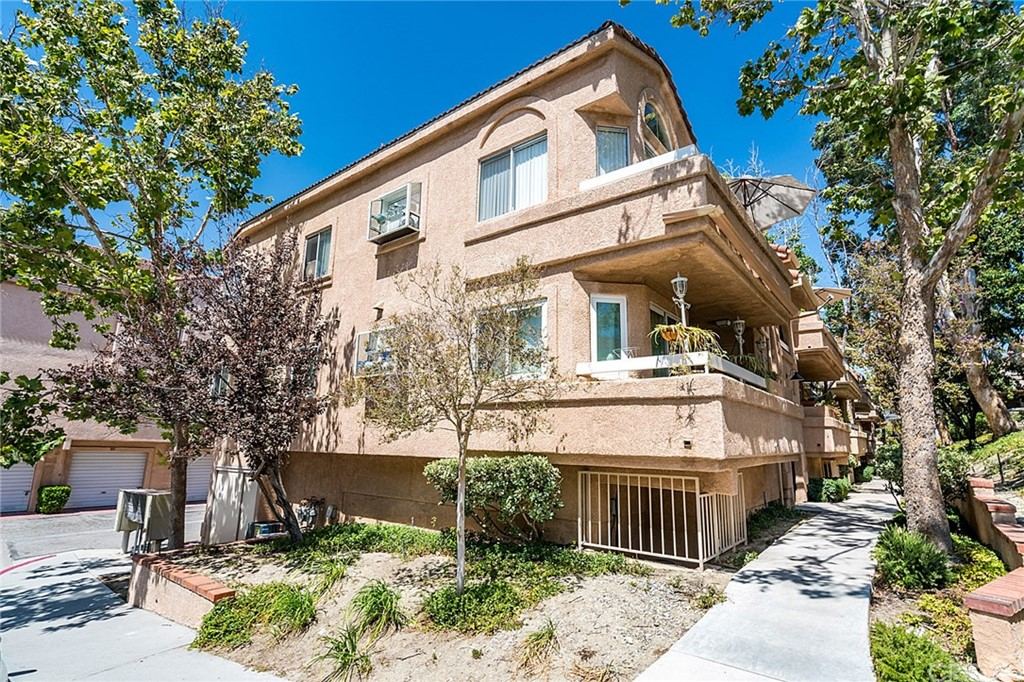 19857 SANDPIPER Place 117, Newhall, CA 91321