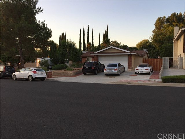 Property for sale at 18901 Cedar Valley Way, Newhall,  CA 91321
