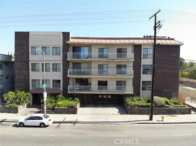 19029 Nordhoff Street, Northridge CA: http://media.crmls.org/mediascn/1bd66901-21a6-4565-b7a8-960791676e5f.jpg