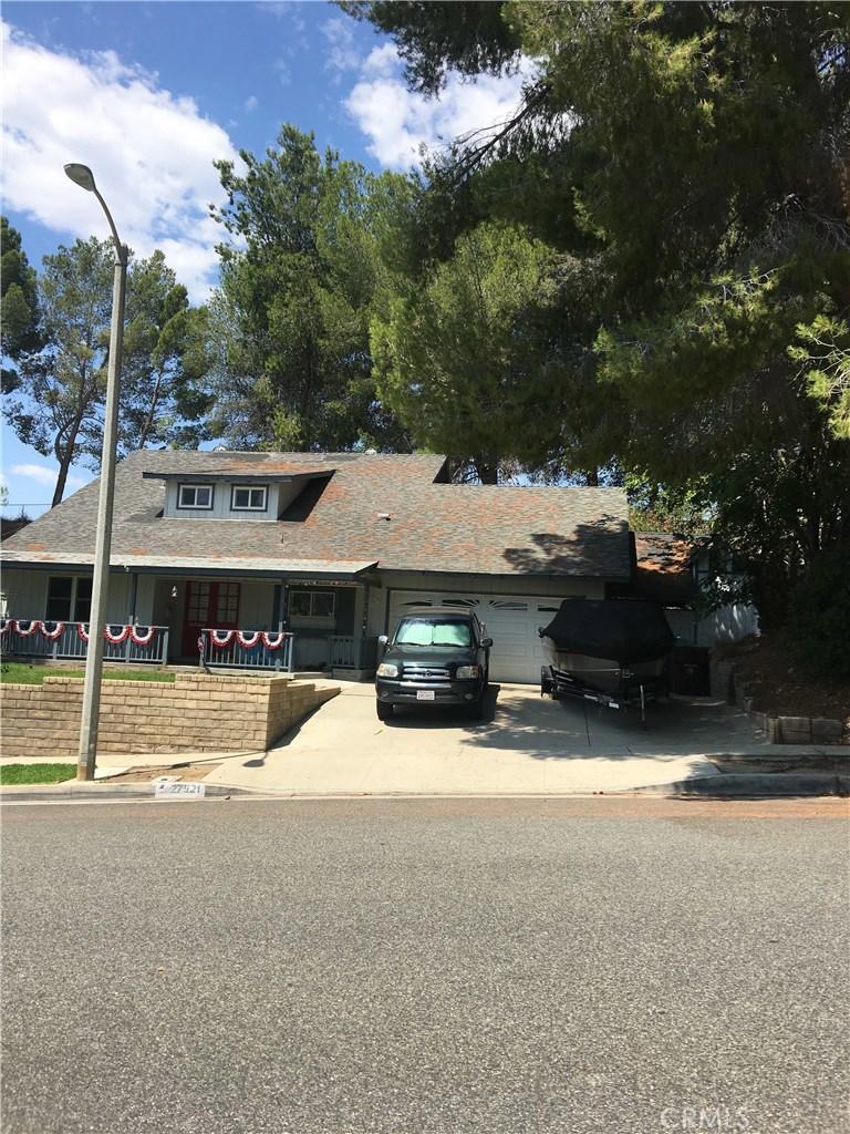 27921 FEATHERSTAR Avenue, Saugus, CA 91350