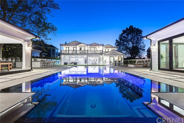 Single Family Home for Sale at 5410 Louise Avenue 5410 Louise Avenue Encino, California 91316 United States