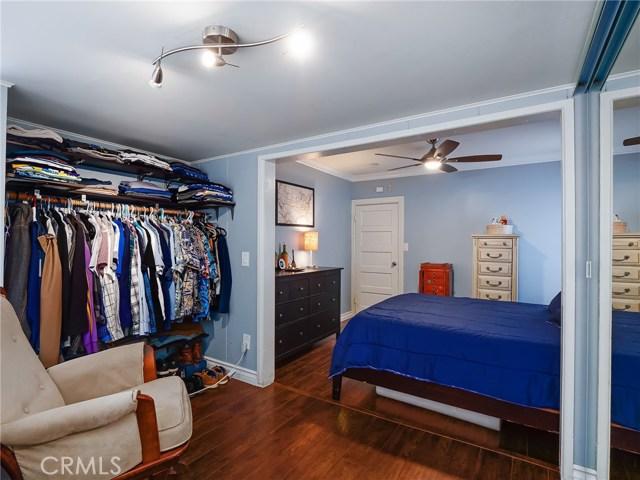 7132 N Figueroa Street, Eagle Rock CA: http://media.crmls.org/mediascn/1c28ece0-6c93-4f08-ba6b-4e4ebaeb8015.jpg