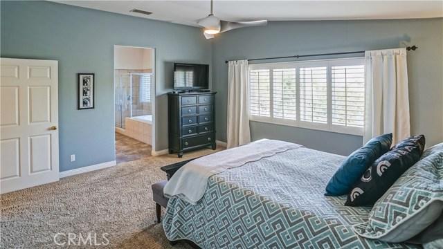 25938 Pope Place, Stevenson Ranch CA: http://media.crmls.org/mediascn/1c5d71ca-af04-44b1-bf23-6419ff394aa6.jpg