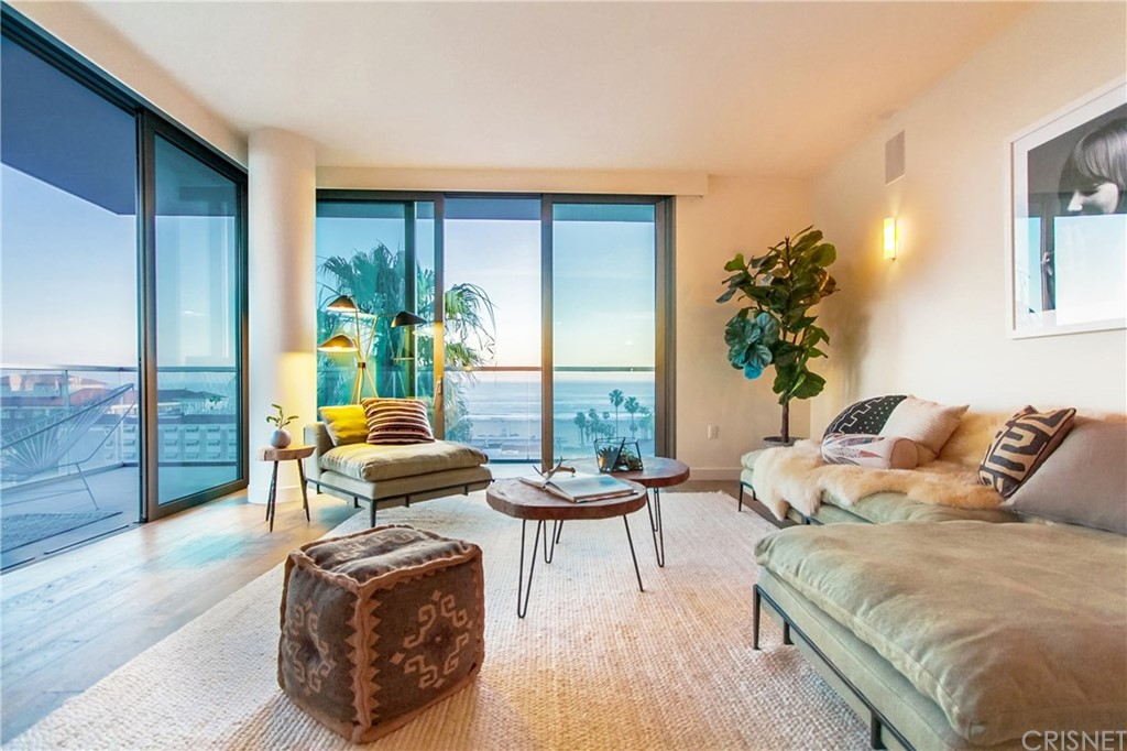 Property for sale at 1755 Ocean Avenue #704, Santa Monica,  CA 90401