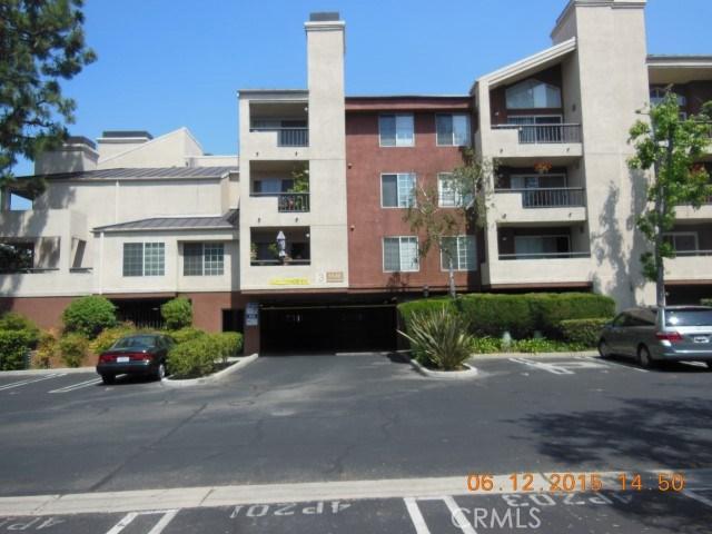 Photo of 5500 OWENSMOUTH AVENUE #304, Woodland Hills, CA 91367