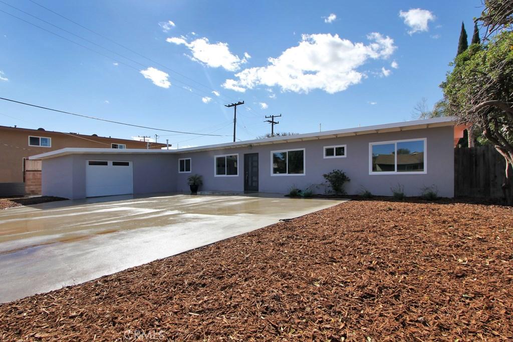 2879 Fairbanks Avenue, Simi Valley, CA 93063