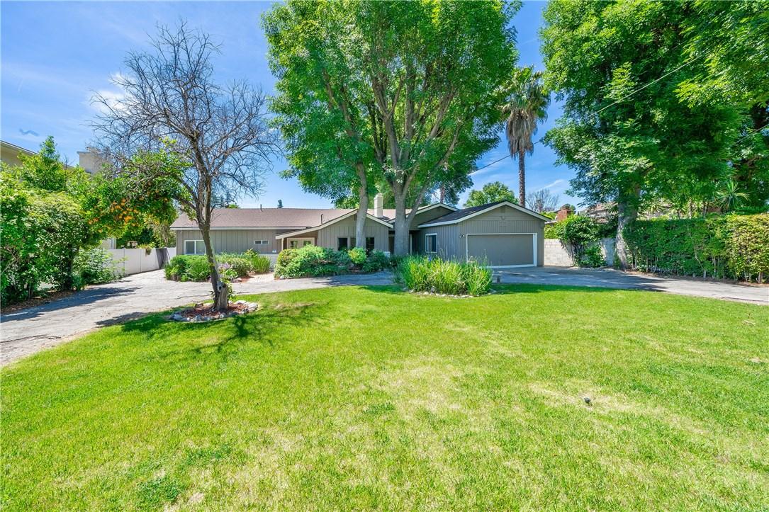 Photo of 22662 Califa Street, Woodland Hills, CA 91367