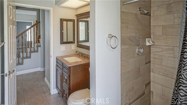 42502 52nd W Street, Quartz Hill CA: http://media.crmls.org/mediascn/1cd46206-80d6-4b57-ad61-09613a0029a5.jpg