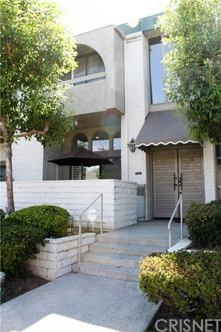 5305 White Oak Avenue Unit E, Encino CA 91316