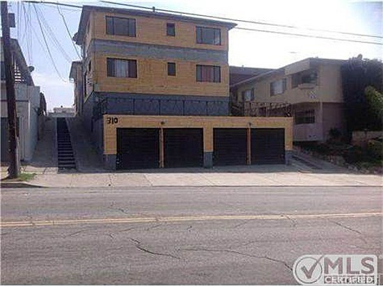 Single Family for Rent at 310 Hyde Park Boulevard E Inglewood, California 90302 United States