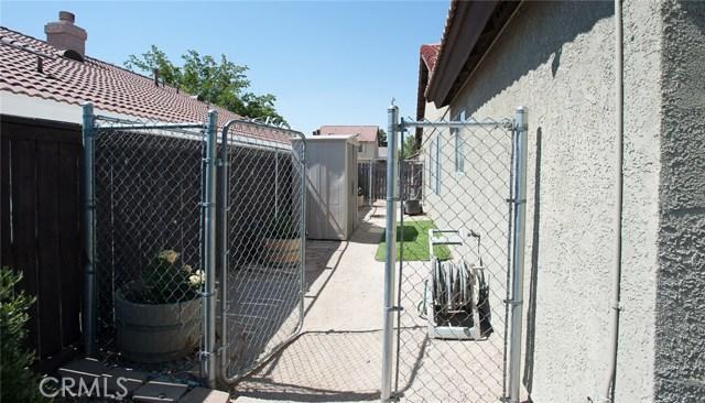 1016 Holloway Avenue Rosamond, CA 93560 - MLS #: SR17139377