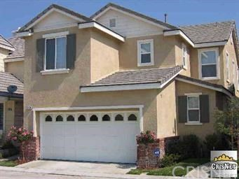 Detail Gallery Image 1 of 20 For 23205 Brooke Ln, Valencia,  CA 91355 - 4 Beds   3 Baths