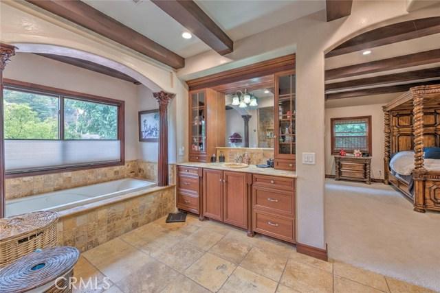 4405 Vanalden Avenue Tarzana, CA 91356 - MLS #: SR17215913