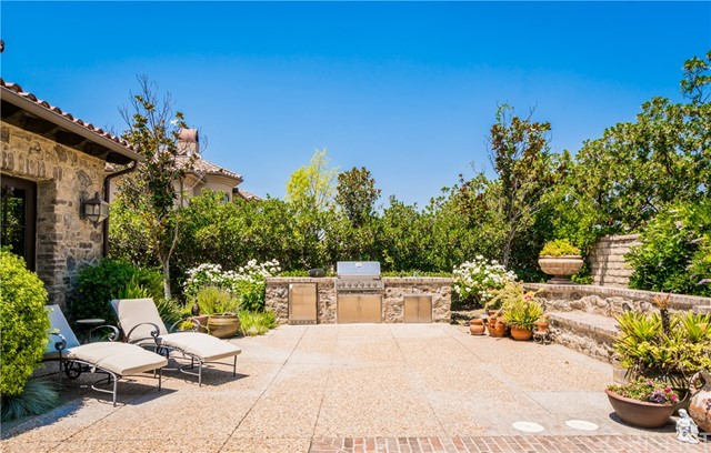 25825 OAK MEADOW DRIVE, VALENCIA, CA 91381  Photo 10
