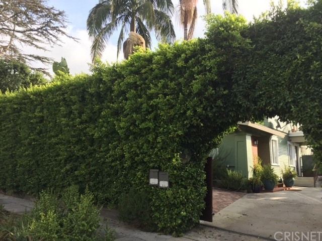 Single Family Home for Sale at 1912 Canyon Drive 1912 Canyon Drive Los Angeles, California 90068 United States