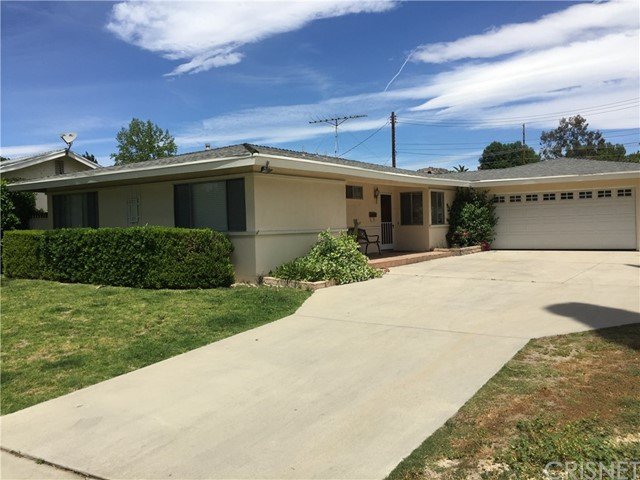 Single Family Home for Rent at 23037 Burton Street West Hills, California 91304 United States