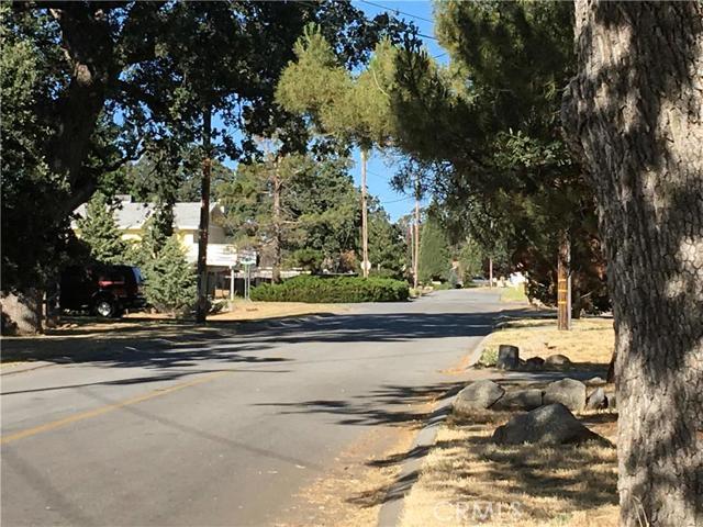 50 Lot Hialeah Drive, Stallion Springs CA: http://media.crmls.org/mediascn/1df75170-01ea-4f2a-8573-6a973280bbb2.jpg