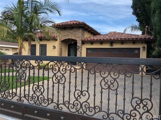 5440  Ethel Avenue 5440  Ethel Avenue Sherman Oaks, California 91401 United States