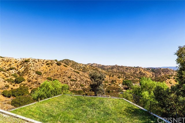 Additional photo for property listing at 232  Saddlebow Road 232  Saddlebow Road Bell Canyon, California 91307 United States