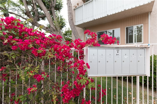 1332 Berkeley St, Santa Monica, CA 90404 Photo 32