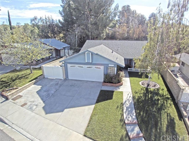 Property for sale at 27958 Milliken Drive, Saugus,  CA 91350