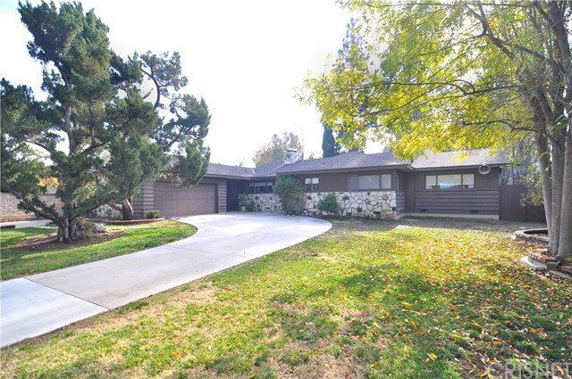 23228 Erwin St, Woodland Hills, CA 91367 Photo