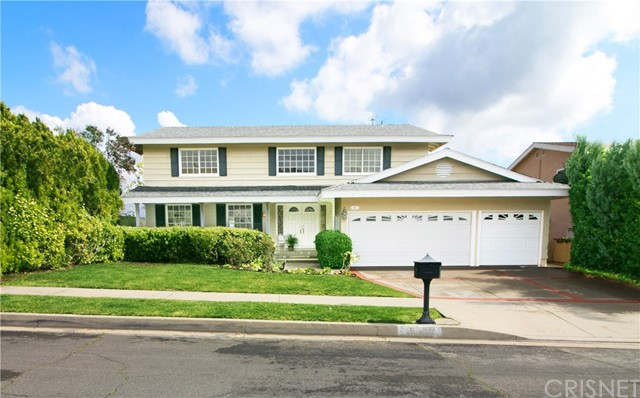 Photo of 6666 Vickiview Drive, West Hills, CA 91307