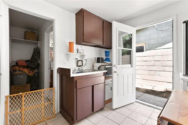 3391 Haven Street, Rosamond CA: http://media.crmls.org/mediascn/1ee2df7d-7b17-4207-bec5-a522a8b623e4.jpg