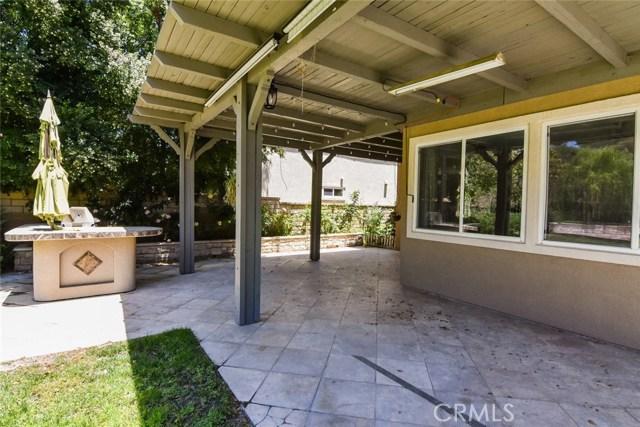 23813 Rio Ranch Way, Valencia CA: http://media.crmls.org/mediascn/1f639b84-3493-4026-a31a-28487f422561.jpg