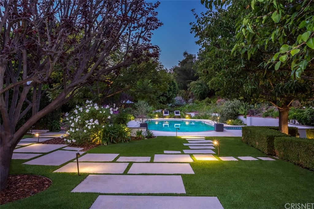 Photo of 3274 LONGRIDGE AVENUE, Sherman Oaks, CA 91423