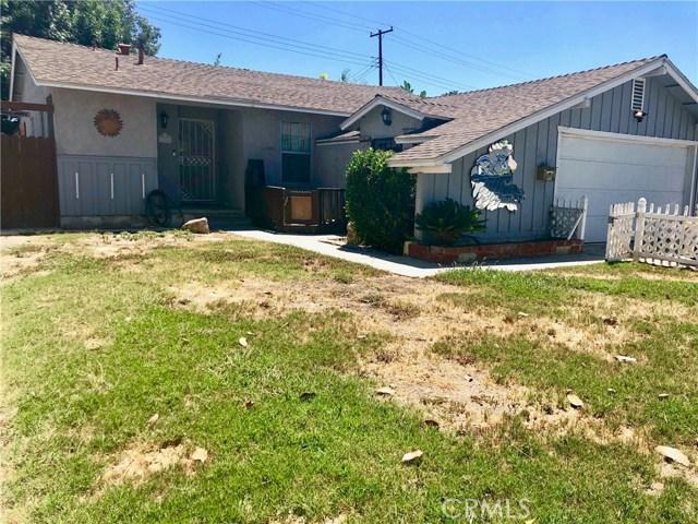 11750 214th Street, Lakewood CA: http://media.crmls.org/mediascn/1fd3635b-18f8-425c-b713-786f22b37677.jpg